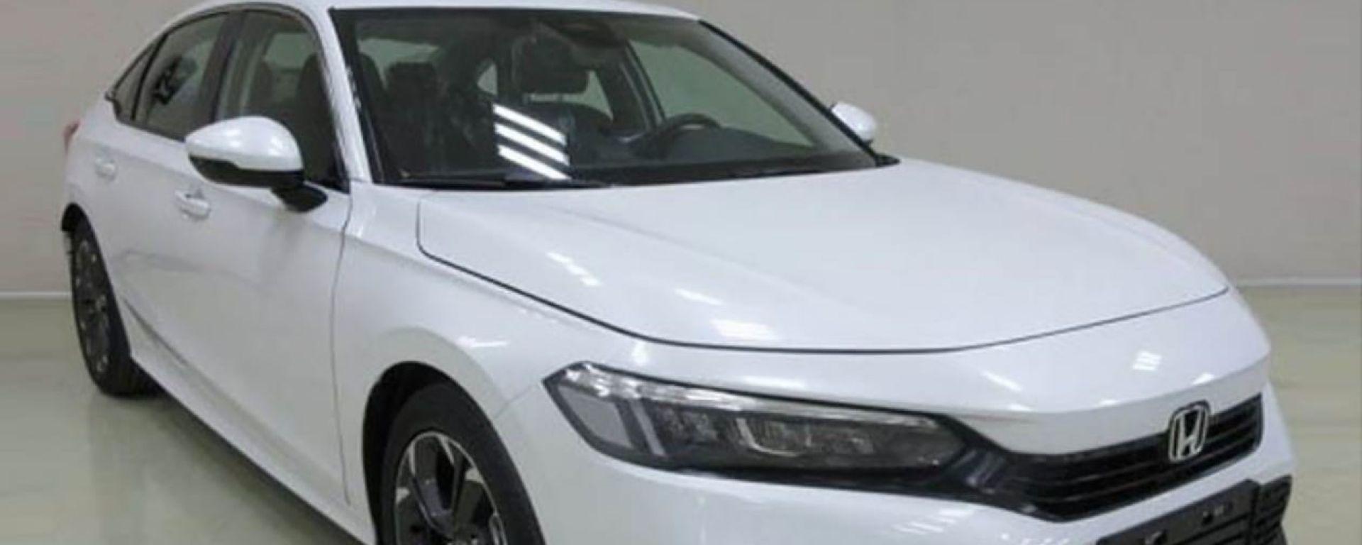 Nuova Honda Civic 2021: una delle foto della compatta giapponese viste sul web