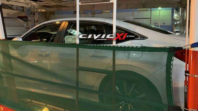 Nuova Honda Civic 2022: è una berlina, ma la linea è da coupé