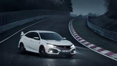 Nuova Honda Civic Type R: ha migliorato di 7 secondi il miglior tempo al Nurburgring rispetto alla vecchia generazione