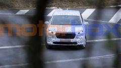 Nuova Honda CR-V 2022: fari a LED affilati e calandra piuttosto squadrata