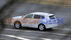 Nuova Honda CR-V 2022: uno stile più spigoloso rispetto al modello attuale