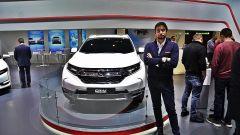 Nuova Honda CR-V 2018: ibrida e a 7 posti, ecco quando esce e le foto