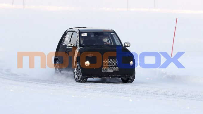 Nuova Hyundai AX1 2021: una fase dei collaudi sul ghiaccio della Scandinavia