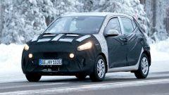Nuova Hyundai i10 2020: 3/4 anteriore, foto spia