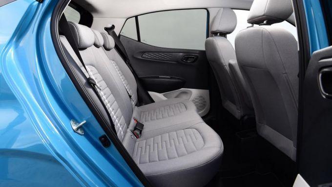 Nuova Hyundai i10 2020: il sedile posteriore e lo spazio per i passeggeri