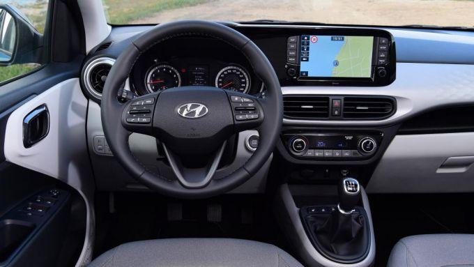 Nuova Hyundai i10 2020: l'abitacolo nuovo della coreana