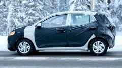 Nuova Hyundai i10 2020: vista laterale, foto spia