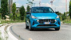 Nuova Hyundai i10: per le strade di Milano
