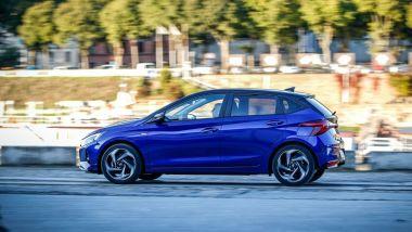 Nuova Hyundai i20 Techline: visuale laterale
