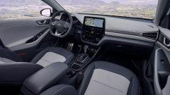 Hyundai Ioniq restyling, più tecnologia, più autonomia - Immagine: 6
