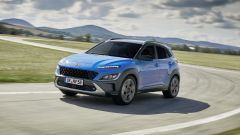 Nuova Hyundai Kona 2021: avrà motori turbo benzina, diesel e anche ibridi