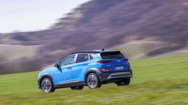 Nuova Hyundai Kona Hybrid: la prova del B-SUV elettrificato coreano