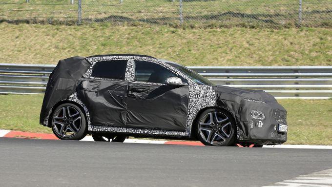 Nuova Hyundai Kona N: il prototipo del crososver compatto sportivo