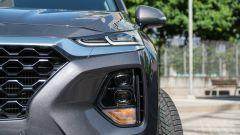 Nuova Hyundai Santa Fe 2019: dettaglio dei gruppi ottici anteriori