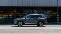 Nuova Hyundai Santa Fe 2019: un momento della prova su strada