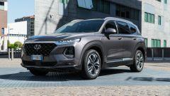 Nuova Hyundai Santa Fe 2019: vista 3/4 lato sinistro