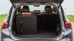 Nuova Hyundai Santa Fe: bagagliaio con un sedile abbassato