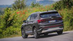 Nuova Hyundai Santa Fe PHEV: è lungo 4,79 metri