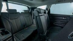 Nuova Hyundai Santa Fe PHEV: i due sedili della terza fila di serie sono più che un posto di fortuna