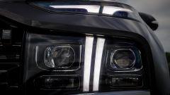 """Nuova Hyundai Santa Fe PHEV: i proiettori diurni LED a forma di """"T"""" molto distintivi"""