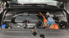Nuova Hyundai Santa Fe PHEV: il motore ibrido è un 4 cilindri da 180 CV abbinato all'unità elettrica da 91 CV