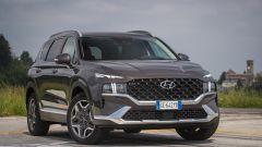 Nuova Hyundai Santa Fe PHEV: lo stile molto audace dell'avantreno