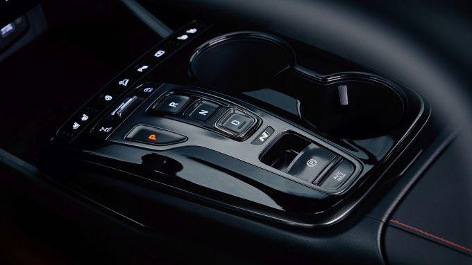 Nuova Hyundai Tucson N Line: particolare del cambio automatico
