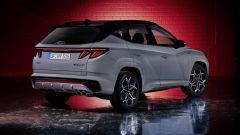 Nuova Hyundai Tucson N Line: visuale di 3/4 posteriore