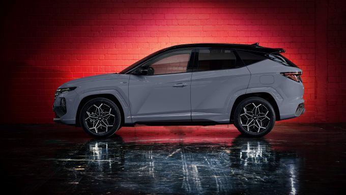 Nuova Hyundai Tucson N Line: visuale laterale