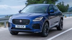 Jaguar E-Pace restyling, nuovo look e (ovvio) il plug-in hybrid - Immagine: 6