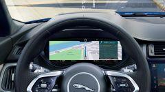 Jaguar E-Pace restyling, nuovo look e (ovvio) il plug-in hybrid - Immagine: 11