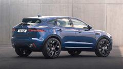 Jaguar E-Pace restyling, nuovo look e (ovvio) il plug-in hybrid - Immagine: 17