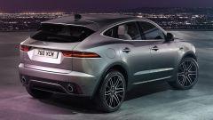 Jaguar E-Pace restyling, nuovo look e (ovvio) il plug-in hybrid - Immagine: 19