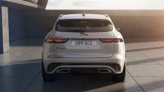 Jaguar F-Pace facelift, nuovi interni e due motori ibridi - Immagine: 10