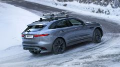 Jaguar F-Pace facelift, nuovi interni e due motori ibridi - Immagine: 14