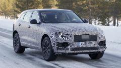 Nuova Jaguar F-Pace: continuano i test invernali sulla neve del nord Europa