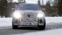 Nuova Jaguar F-Pace: fari full LED per il nuovo SUV di Jaguar