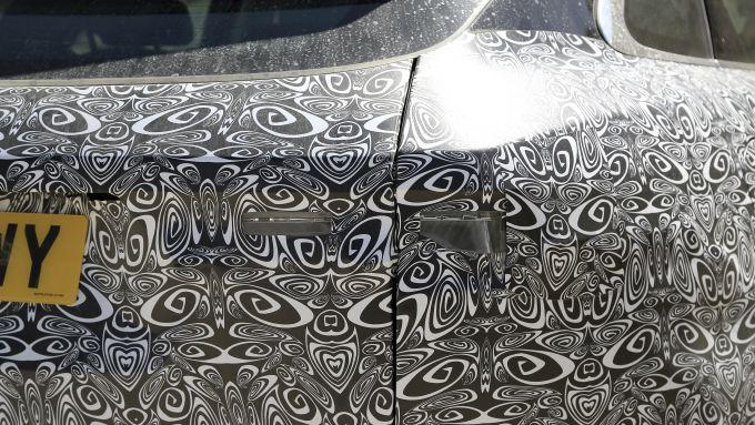 NUova Jaguar F-Pace: un dettaglio della coda