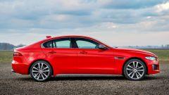 Jaguar XE 300 Sport Edition, la potenza si fa in quattro - Immagine: 3