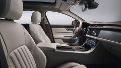 Nuova Jaguar XF Sportbrake: i sedili anteriori