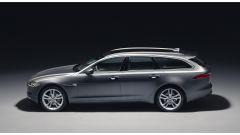 Nuova Jaguar XF Sportbrake: vista laterale