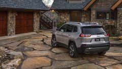 Nuova Jeep Cherokee 2018: vista 3/4 posteriore