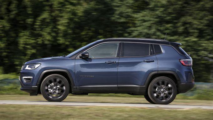 Nuova Jeep Compass 2020, la fiancata