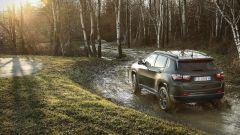 Nuova Jeep Compass 2021: la 80° Anniversario in fuoristrada