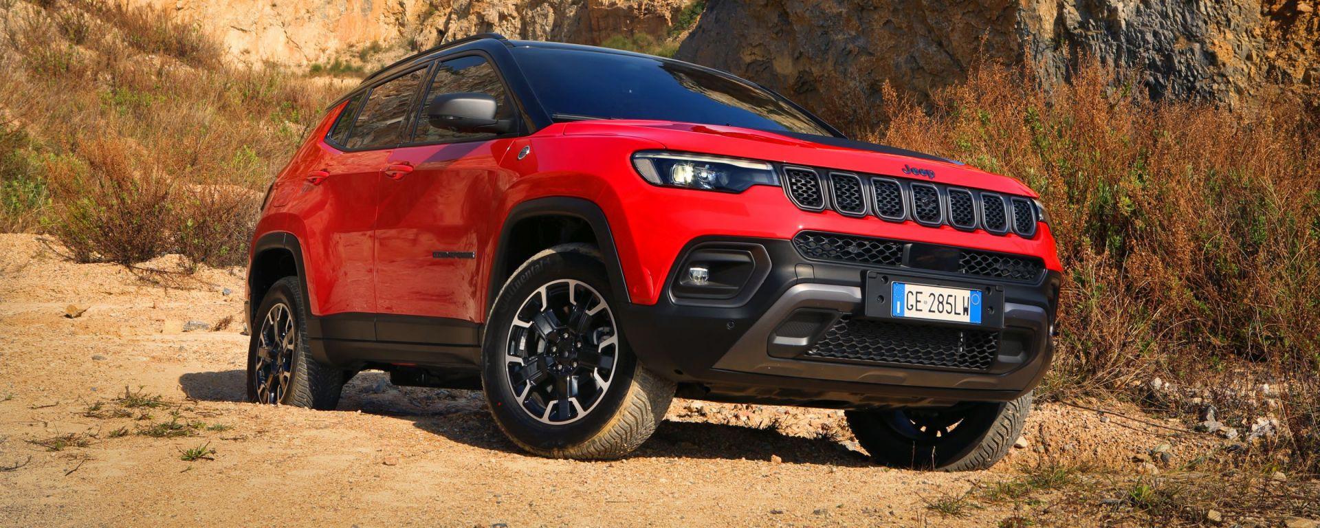 Nuova Jeep Compass 2021: la Trailhawk 4xe, modello specifico per l'off-road