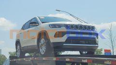 Nuova Jeep Compass mHEV mild hybrid, vista 3/4 anteriore