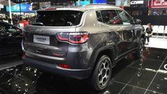 Nuova Jeep Compass Trailhawk 2021 al salone di Guangzhou, vista 3/4 posteriore