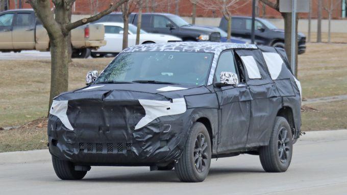 Nuova Jeep Grand Cherokee 2021: arriva la terza fila di sedili
