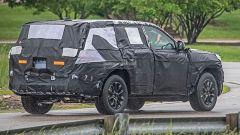 Nuova Jeep Grand Cherokee su piattaforma Stelvio, foto spia - Immagine: 2
