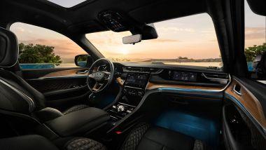 Nuova Jeep Grand Cherokee: abitacolo tutto nuovo e super lussuoso